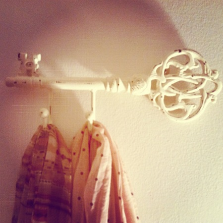 Skeleton Key Coat Hook Picture