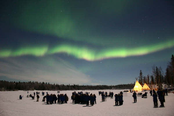 northern-lights-teepees-yellowknife-2