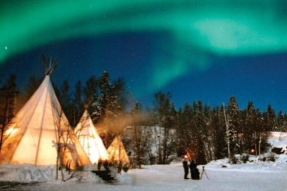northern-lights-teepees-yellowknife-6